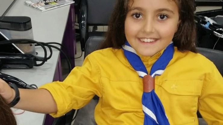 Μαθήτρια στη Μυτιλήνη έκοψε τα μαλλιά της για να τα χαρίσει σε παιδιά με καρκίνο