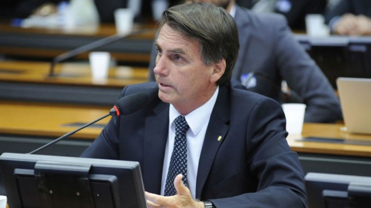 Βραζιλία: Ο Μπολσονάρου απορρίπτει την ιδέα περί ενός «φόρου αμαρτιών»