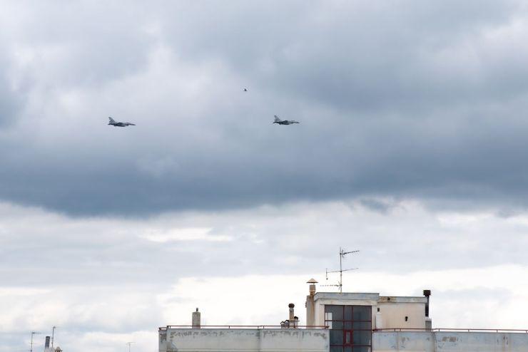 25η Μαρτίου 2020 - Κορονωϊός: Ζεύγος μαχητικών F-16 «έσκισε» τον ουρανό της Λάρισας - Δείτε φωτογραφίες