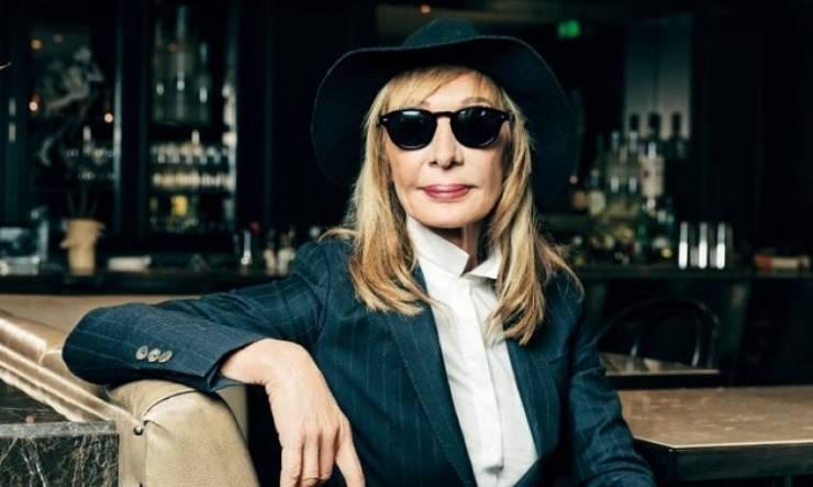 Mάρα Καρέτσου: Η γνωστή Λαρισαία εικαστικός μιλά για τη φιλία της με τον Elton John και τη γνωριμία της με το ζεύγος Trump - Τι λέει για τη Λάρισα