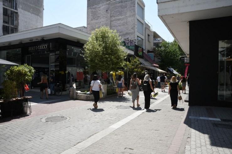 «Αναστενάζουν» οι έμποροι στη Λάρισα - Το 70% είχε μειωμένο τζίρο την περίοδο των θερινών εκπτώσεων