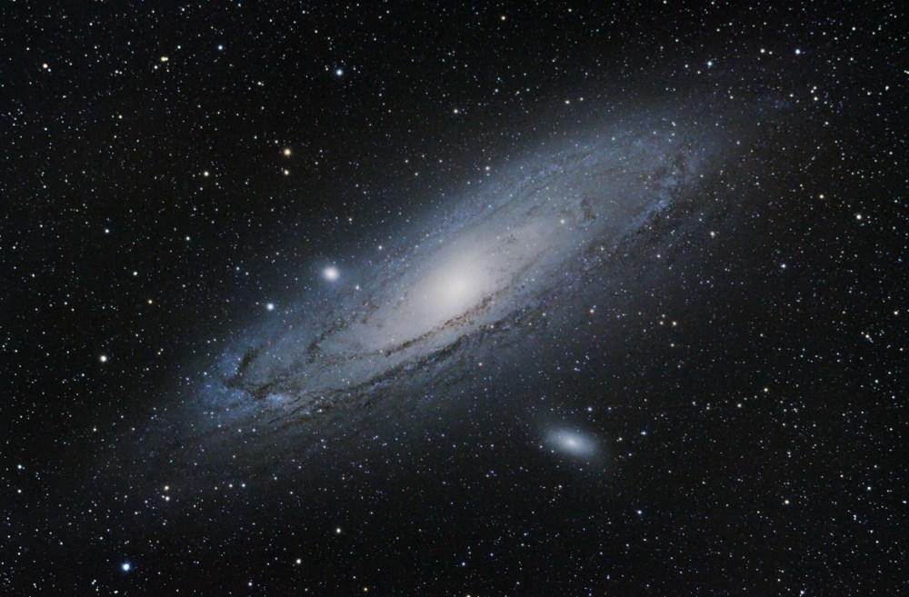 medium resolution of m31 andromeda galaxy