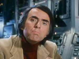 Carl Sagan, explicando la ecuación de Drake en Cosmos