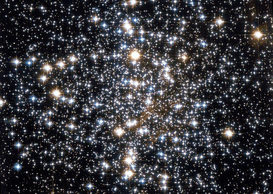 Los objetos Messier: M4, cúmulo globular
