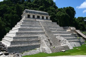 El templo de las inscripciones, en la zona arqueológica de Palenque