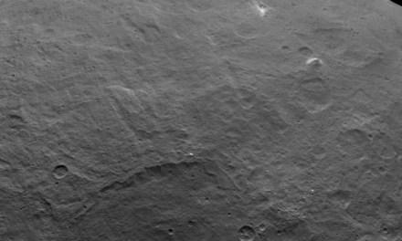 La sonda Dawn capta una «pirámide» en Ceres