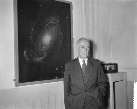 Jan Oort, en la universidad de Leiden, el 12 de mayo de 1961. Crédito: Joop van Bilsen