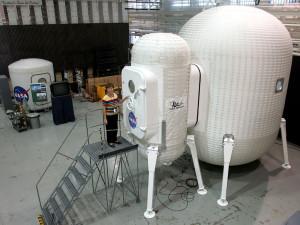 Esta es una propuesta de módulo lunar habitable (e hinchable) de la NASA.
