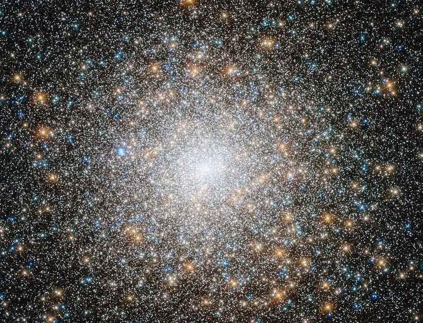 Los objetos Messier: M14 y M15, cúmulos globulares