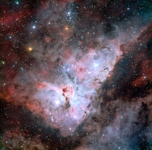 Esta es la Nebulosa de la Quilla, en la que también se encuentra una de las estrellas más luminosas conocidas: Eta Carinae. Crédito: ESO