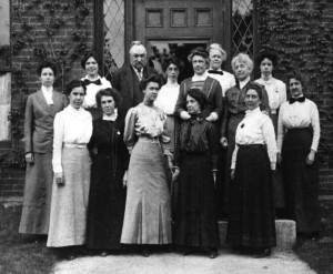 """Las mujeres conocidas como """"las computadoras de Harvard"""" en el año 1.913. Crédito: Harvard-Smithsonian Center for Astrophysics"""