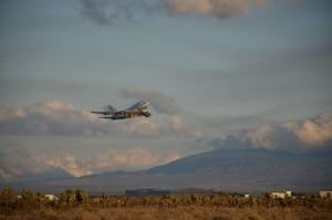 El avión del observatorio SOFIA despegando desde una base aérea en California. Crédito: NASA Photo/Greg Perryman