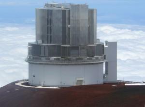 El telescopio Subaru, en Mauna Kea, Hawái (y por extraño que pueda parecer, es del Observatorio Astronómico Nacional de Japón, no de EEUU). Crédito: Denys/Wikimedia Commons