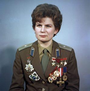 Valentina Tereshkova, piloto y cosmonauta, primrea cosmonta, Héroina de la URSS. Crédito: RIA Novosti/Alexander Mokletsov