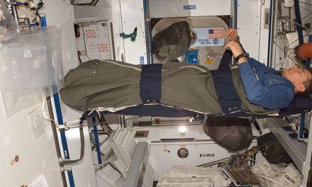 Los efectos de dormir en el espacio