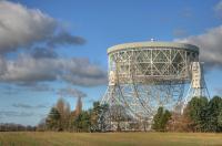 De Lovell-radiotelescoop van Jodrell Bank staat te koop op Ebay