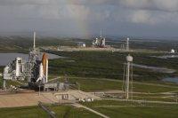 Twee Space Shuttles staan klaar