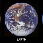 Waarom heeft Venus geen maan?
