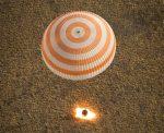Video: de terugkeer en landing van een Sojoez-capsule uitgelegd
