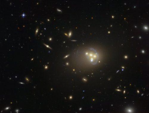 Hubble-foto van de cluster Abell 3827