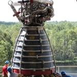 Video: NASA test een RS-25 motor van het Space Launch System