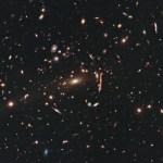 Hubble brengt een kosmische slang in beeld