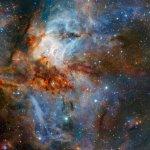RCW38, een kleurrijk hemellandschap