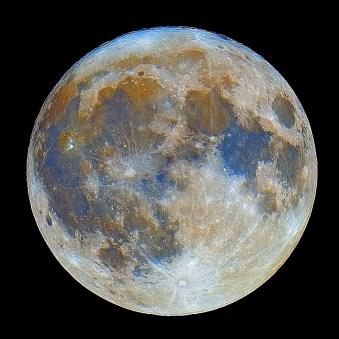 Mjesec u boji
