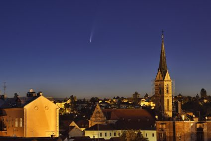 Comet C/2020 F3 NEOWISE is a long period comet that became very bright after it's passage of perihelion in early july 2020. Here it's seen over the rooftops of Zagreb, Croatia.