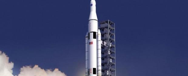 """Dopo una snervante attesa durata oltre nove mesi, NASA ha comunicato oggi di aver scelto il design del """"successore"""" del programma Space Shuttle, ribattezzato Space Launch System."""