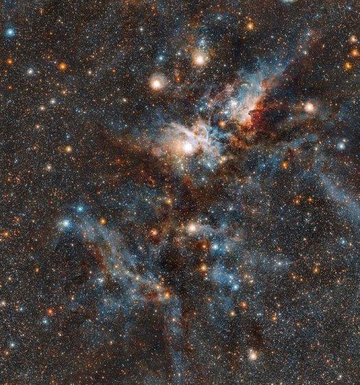 Karina bulutsusunun kırmızı ötesi ışık dalga boyu görüntüsü. Yüksek çözünürlük için görüntüye tıklayınız. (ESO/J. Emerson/M. Irwin/J. Lewis)