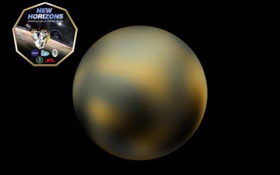 Mόλις πριν από λίγες ημέρες, έκανε τον γύρο του κόσμου η είδηση της πρώτης έγχρωμης φωτογραφίας του Πλούτωνα και του Χάροντα, που εξασφάλισε στους αστρονόμους το διαστημόπλοιο.