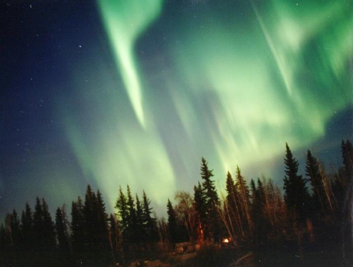 green curtain aurorae