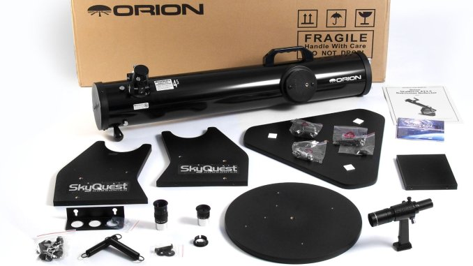 Orion 10014 SkyQuest XT 4.5 Classic Dobsonian
