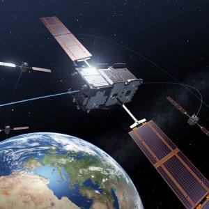 Galileo é o sistema Europeu de navegação por satélite, do qual se espera um serviço civil de localização global de grande precisão. Crédito: ESA – P. Carril