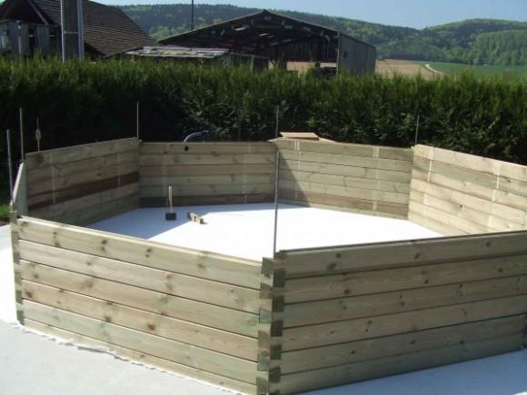 montage piscine hors sol beton suerre