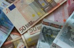 Euros, dinero (slide)