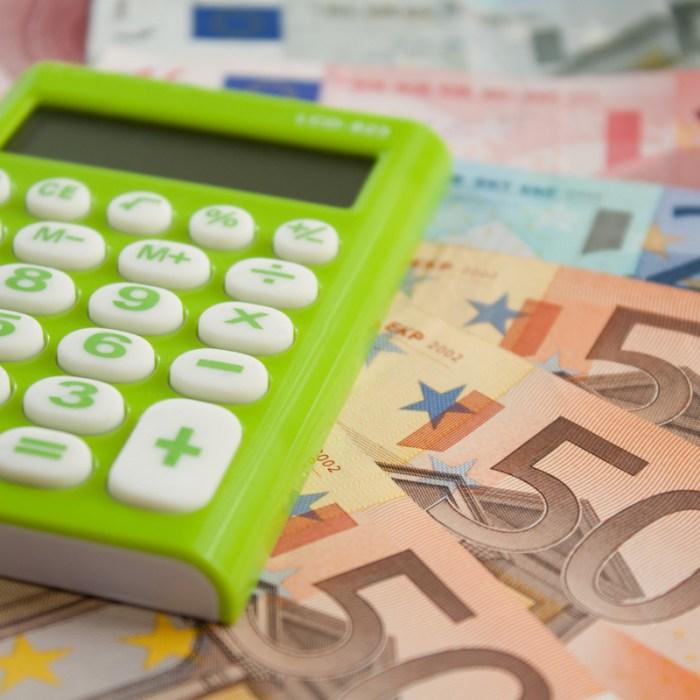 COMISIONES: Banco Santander, Ibercaja y Kutxabank lideran las subidas de precio por mantener una cuenta
