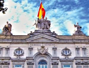 El TS confirma la sentencia del JPI2 de Sevilla y declara la nulidad de la cláusula suelo. Además, condena a Caixabank a pagar las costas.