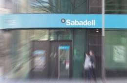 IRPH: Suspendida la colectiva de ASUFIN contra Banco Sabadell a la espera de Europa