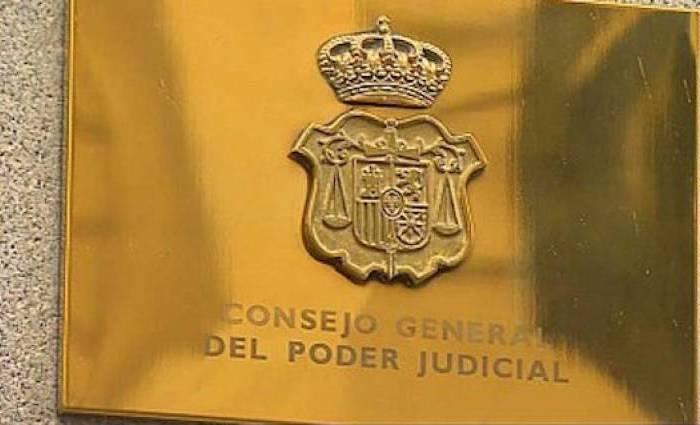 TRIBUNALS: La saturació de litigis exigeix una autoritat independent extrajudicial