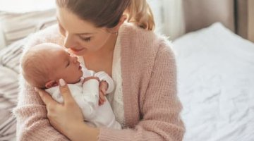 ways to love yourself as a new mom