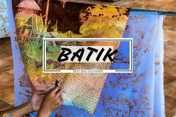 Ubud batik artists - best Bali souvenir