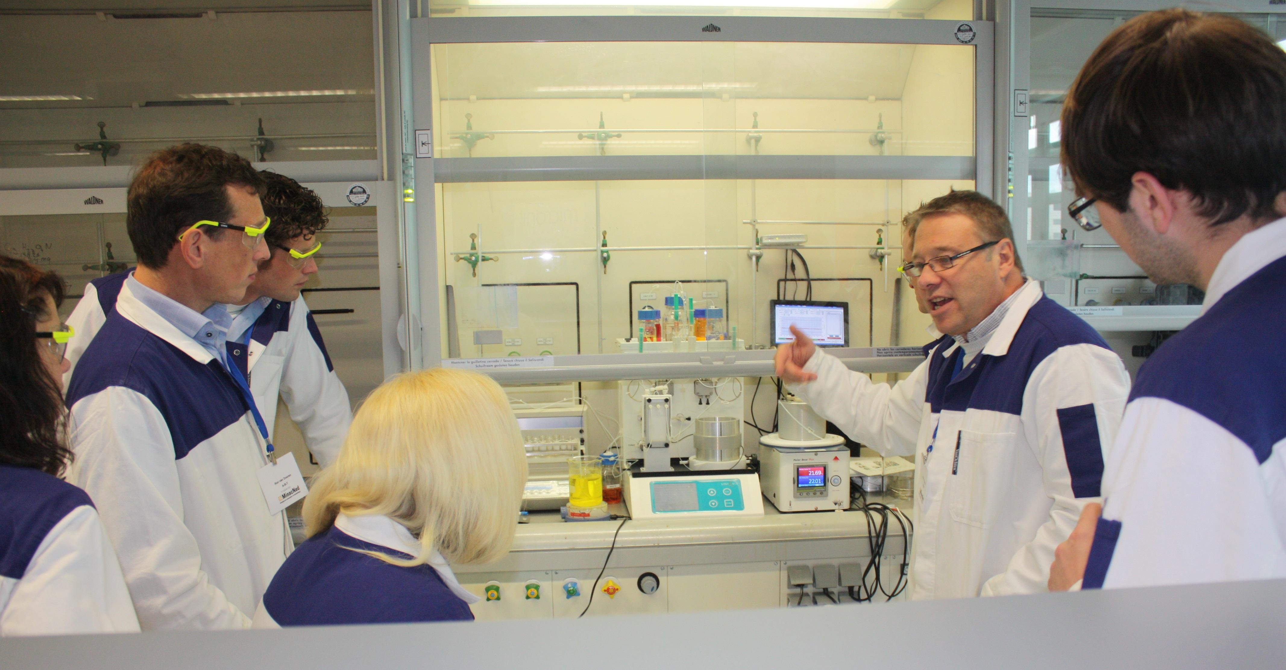 hight resolution of snar flowsyn flow chemistry training radboud university nijmegen