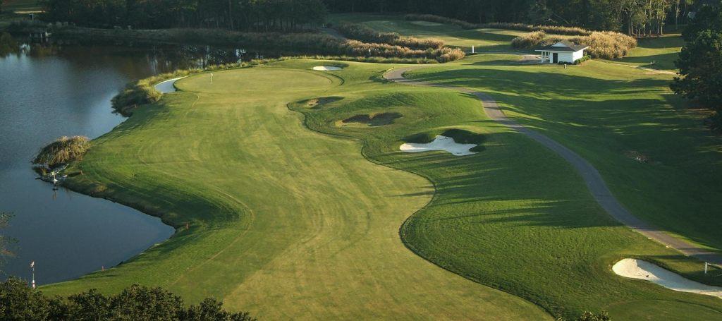 blackmoor-golf-club-no-14-1800x800