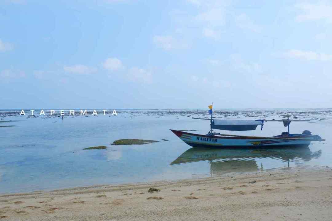 Pantai di Kaur (2)