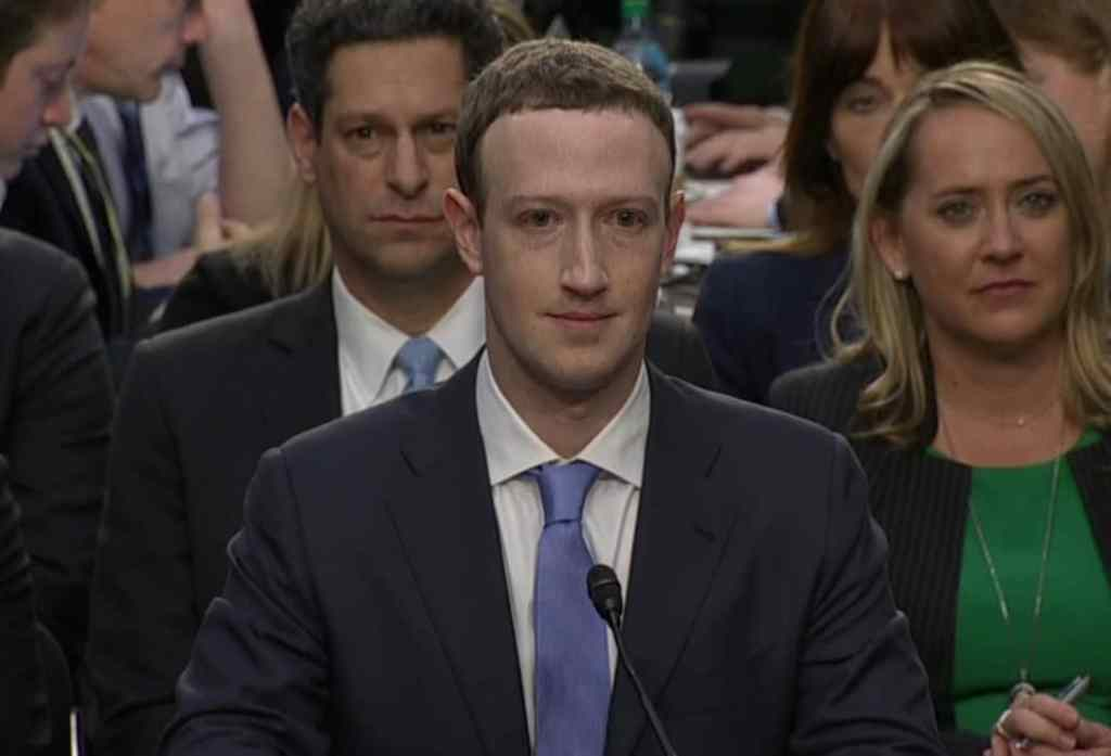 Mark Zuckerberg - Facebook shares user data