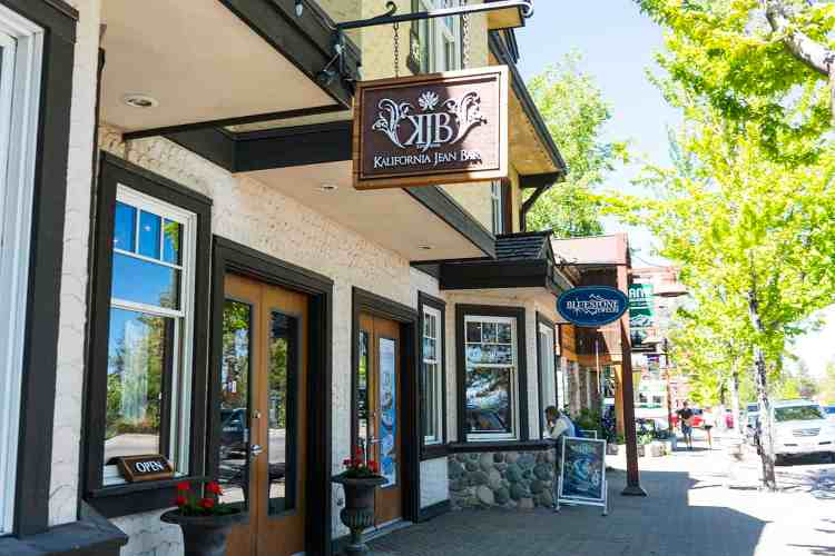 Shops in Tahoe City