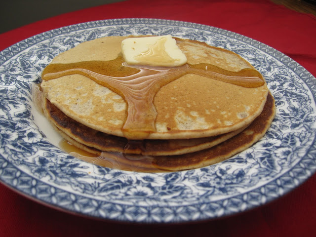 Whole Wheat Gingerbread Pancakes Recipe