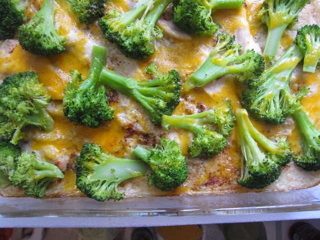 Chicken, Broccoli and Quinoa Casserole